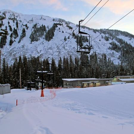 Eaglecrest Ski Area: Early morning on the Porcupine Chair