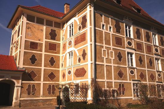 Zeltweg, ออสเตรีย: Schloss Farrach