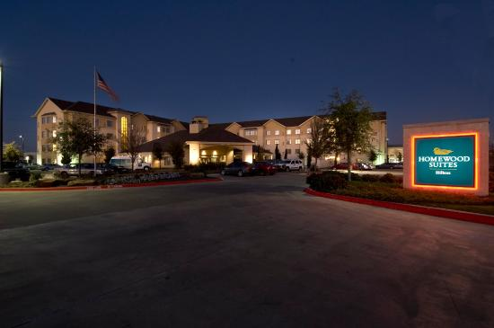 Homewood Suites by Hilton Plano-Richardson