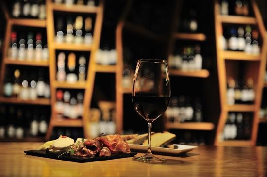 Corktale Winebar