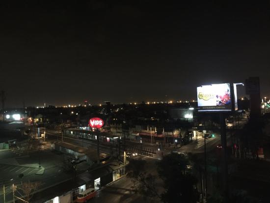Krystal Urban Aeropuerto Cd de México: Vista desde la habitación.