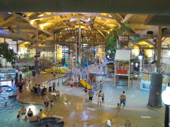 The Country Springs Hotel: Huge Indoor Water Park