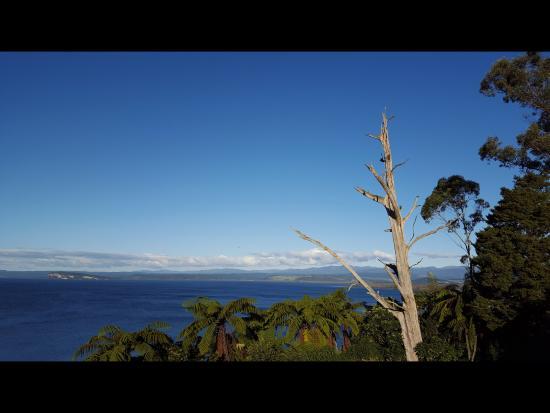 Turangi, Nueva Zelanda: View from balcony, Great Lake Taupo