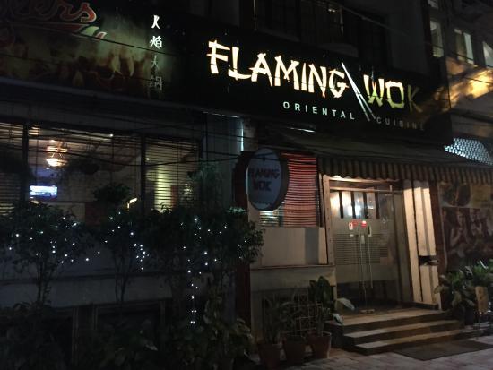 Flaming Wok : Pics