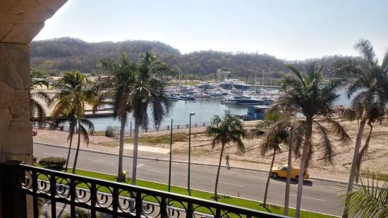 Marina Park Plaza Huatulco Photo