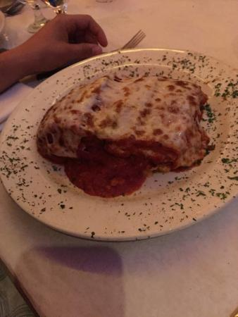 Cafe Baci: Love this place.   The food is awesome.  One of my favorite restaurants. Portions are huge.  It