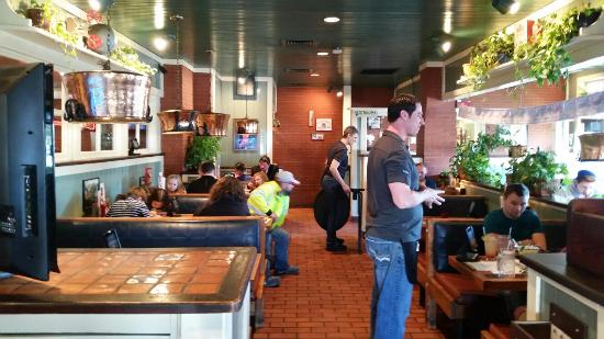 Chili S Grill Amp Bar Appleton Restaurant Reviews Phone