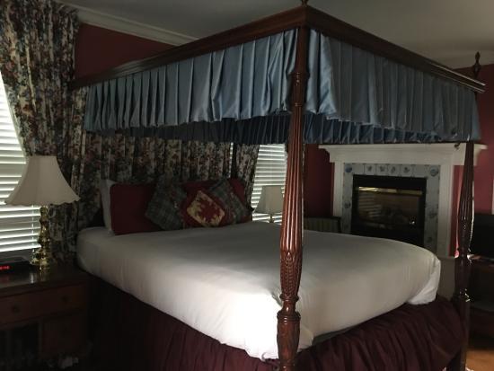 A Cambridge House B & B Inn: Charming.