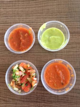 Cottonwood, AZ: Four kinds of salsa and pico too!
