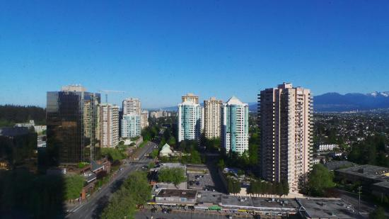 how to get to metrotown vancouver