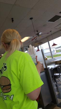 Alexander City, AL: Who's Diner 5/5 Waitress Brittany 1