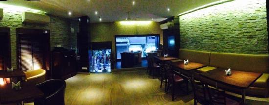 Vivek Hotel: Restaurant