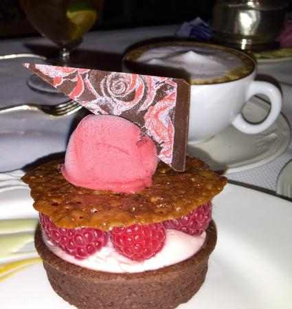 The French Room : Magnifcent dinner with this amazing desert.