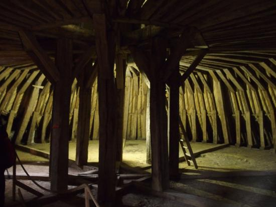 Saint-Fargeau, ฝรั่งเศส: charpente d'une tour