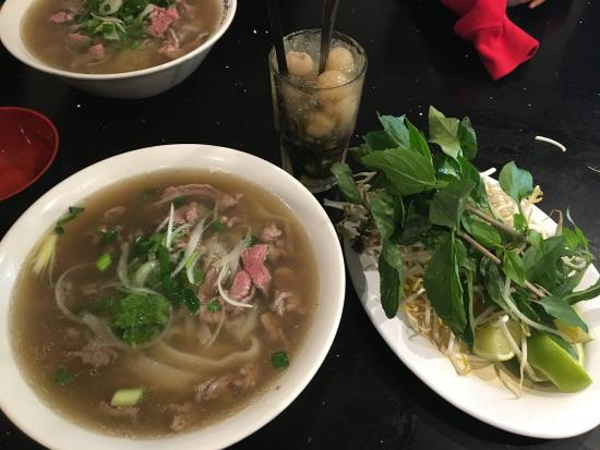 I Love Pho: Pho Bo Tai (medium)