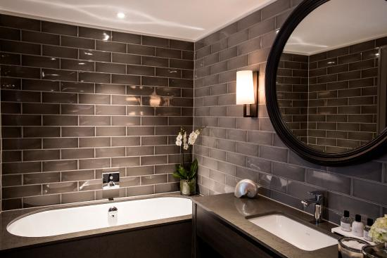 Bathroom Lighting Glasgow bathroom - picture of dakota deluxe glasgow, glasgow - tripadvisor