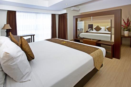 Hotel Gunawangsa Merr Dafam