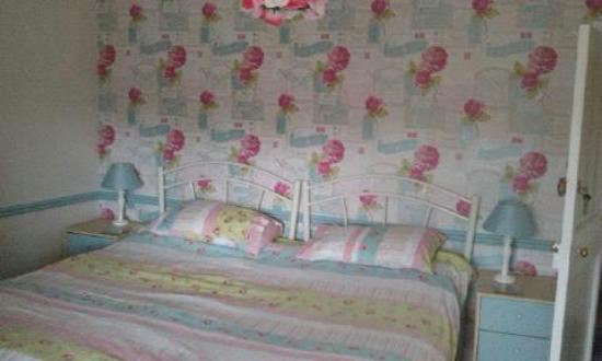 Mad Hatter: Double or twin en-suite