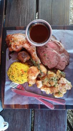 The Michael Collins Irish Pub & Restaurant: Sunday Roast