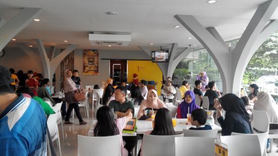 D'Cost Seafood Semarang