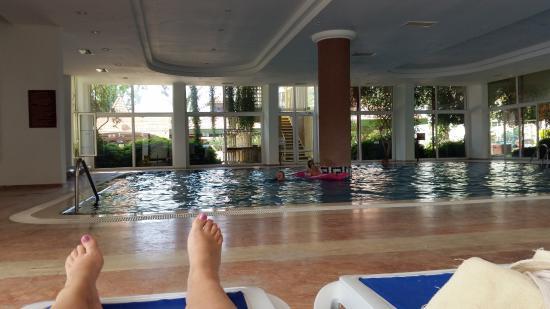 Nova Park Hotel: binnenbad