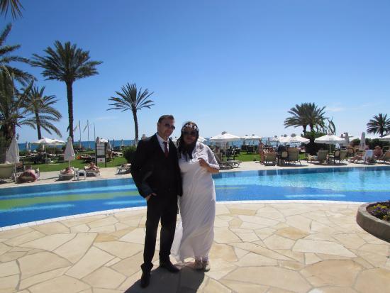 Constantinou Bros Athena Royal Beach Hotel: הבריכה במלון.... לא הייתה לי תמונה בלעדנו :)