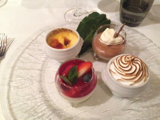 Walchwil, Schweiz: Desservariationen