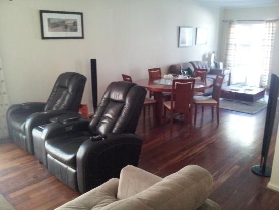 McLaren Vale, Australia: Living area of Apartment.