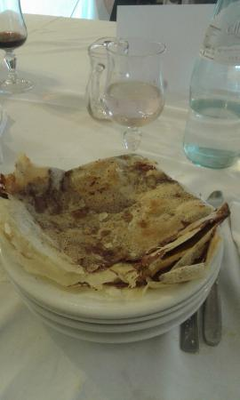 Maserno, Italie : Borlengo alla nutella