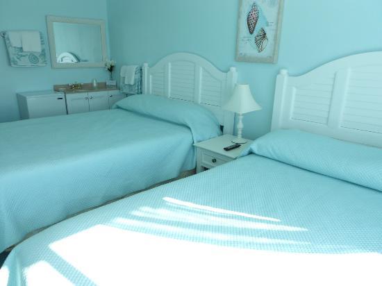 Mayfair Hotel : Premier Room #204