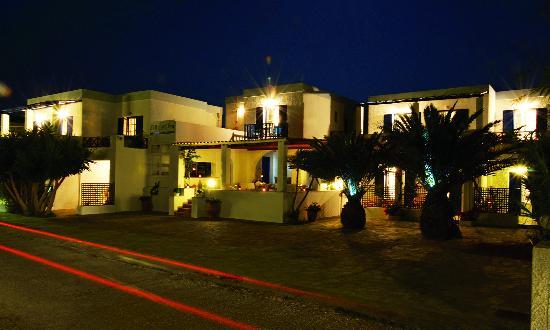 Syros Inn