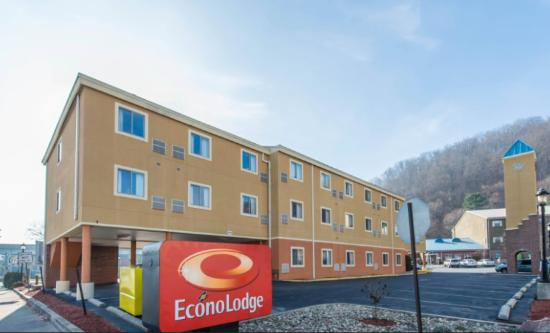 Econo Lodge Johnstown: Exterior