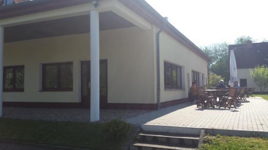Landhotel Rugen : Terrasse