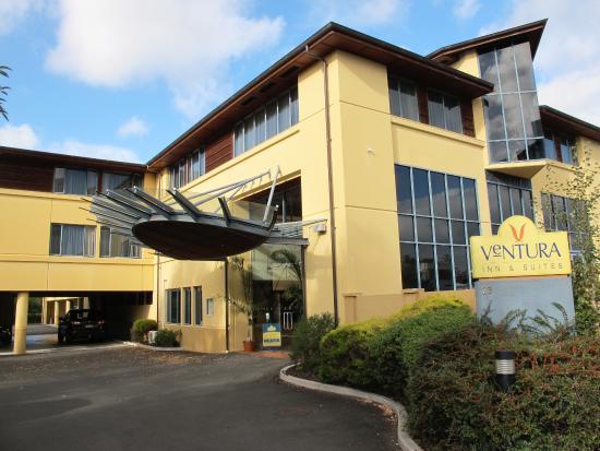 Ventura Inn & Suites Hamilton-bild