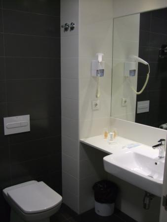 Sidorme Viladecans: Small and compact with everything you need