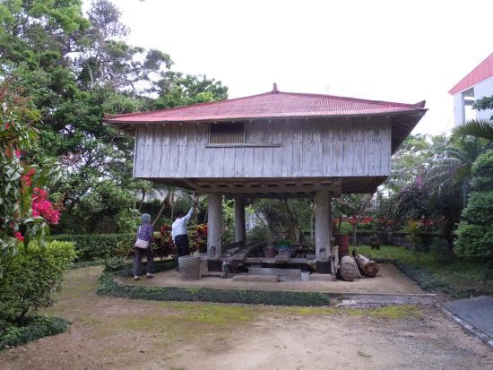 Izumi Family Residence