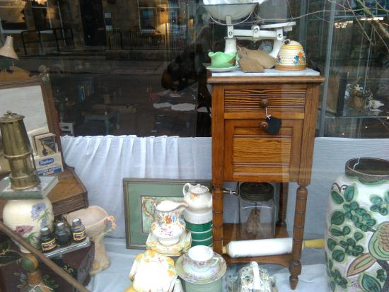 Grantown Antiques and Collectables