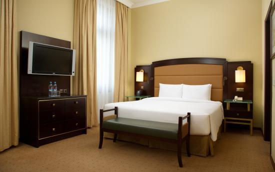 Hilton Moscow Leningradskaya: King Hilton Deluxe Room