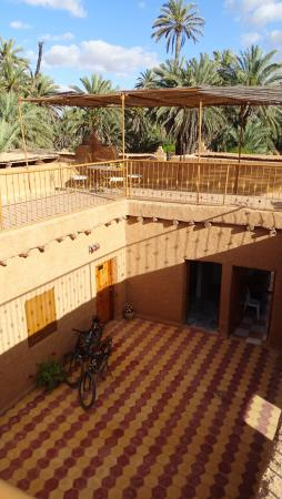 Nomades - Maison d'Hotes : rooms with roof terrace