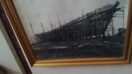 Custom House Maritime Museum : The port's shipbuilding history