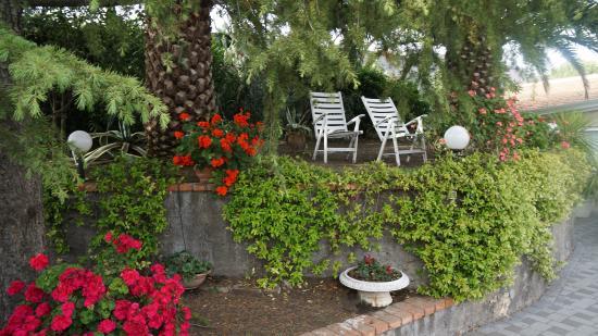 Mascalucia, Italia: Garten