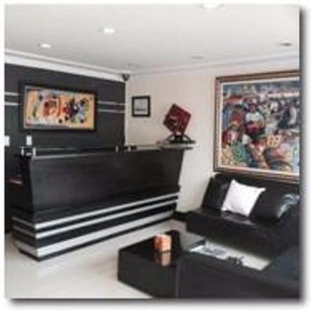 Nuestra área de recepción y lobby de bienvenida  es un espacio único, moderno y confortable
