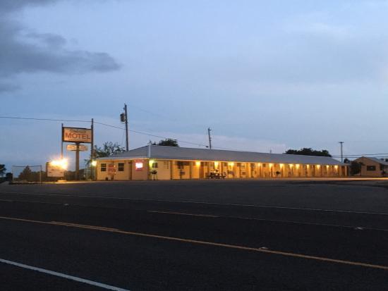 Comstock Motel: photo0.jpg