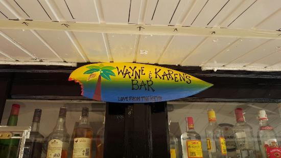 Las Ranas Pool Bar