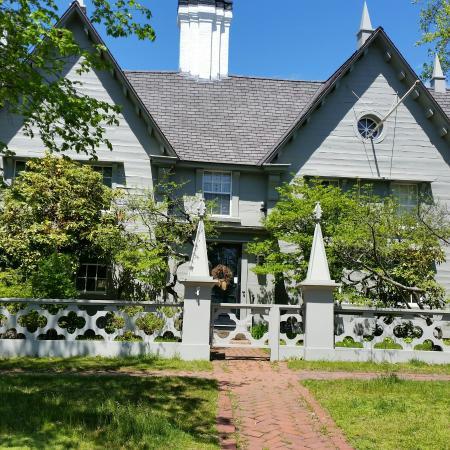 Pickering House: 20160520_143300_large.jpg