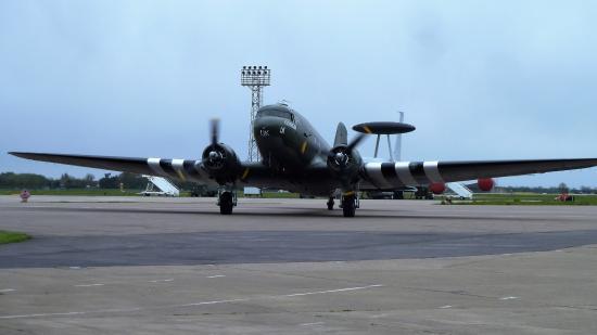 Coningsby, UK: Dakota returning from flight