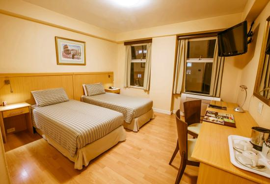 Parliament Hotel: Standard Twin Room