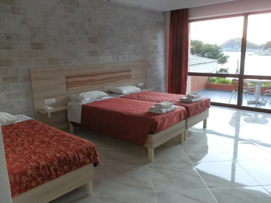 Blue Princess Beach Hotel & Suites Foto