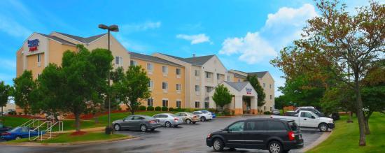 Fairfield Inn & Suites Jefferson City: Hotel Exterior