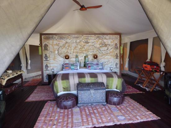 Inverdoorn Game Reserve: Luxury Kunganha Tented Safari Camp